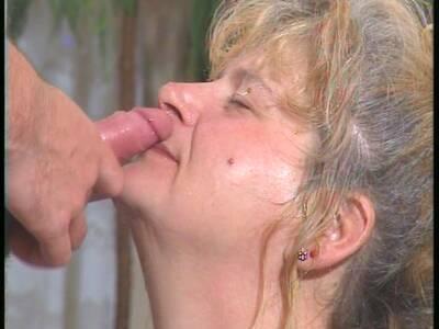 Mit deutsch sex oma Oma Pervers