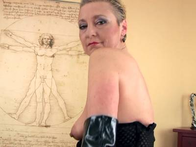frauen in lackhosen gute deutsche pornoseiten