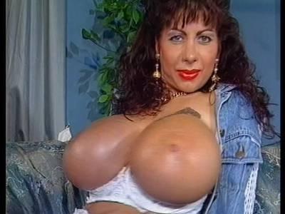 Mega Busen Porno